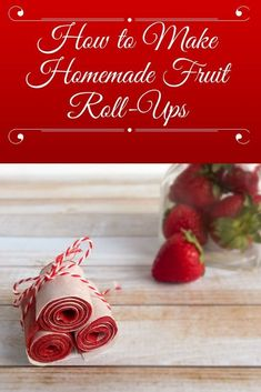 Love the sweet and chewy taste of fruit roll ups, but not all the bad ingredients? These easy, homemade fruit roll-ups taste even better! Best Paleo Recipes, Primal Recipes, Real Food Recipes, Snack Recipes, Fruit Recipes, Dessert Recipes, Favorite Recipes, Healthy Meals For Kids, Kids Meals