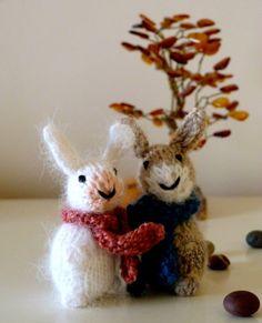 Mini bunnis tricotés Les Petits