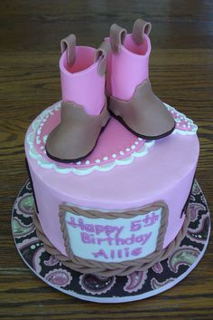 cowgirl boot fondant cake @Lisa Phillips-Barton Dodd-Kannenberg this would be so cute for the farm party. Cowgirl Birthday, Cowgirl Party, My Birthday Cake, Cowgirl Boot, Cowgirl Cakes, Western Cakes, Funny Cake, Cowgirl Baby Showers, Lisa Phillips