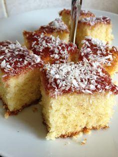Lady of Vintage Baking Recipe: Coconut and Jam Sponge