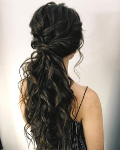 87 Fabulous Wedding Hairstyles For Every Wedding Dress Neckline The Best and f. 87 Fabulous Wedding Hairstyles For Every Wedding Dress Neckline The Best and fabulous Hairstyles for Every Wedding Dress. Wedding Dress Necklines, Necklines For Dresses, Strapless Dress Hairstyles, Off Shoulder Dress Hairstyle, Prom Ponytail Hairstyles, Bridesmaid Hair Ponytail, Wedding Ponytail Hairstyles, Bridal Ponytail, Prom Hair Styles For Strapless Dresses