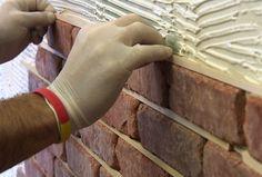 DIY Thin Brick Interior Walls - How to Install Brick Veneer on a Wall - this would be cool for the small bath/powder room Brick Veneer Wall, Fake Brick Wall, Brick Accent Walls, Brick Walls, Thin Brick Veneer, Brick Interior, Interior Walls, Interior Design, Modern Interior