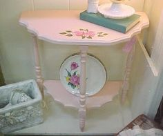 spring pink 'd' table