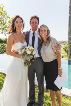 Celebrant Michelle Shannon with Melanie and Clint who were married at Koreelah. Photo by Ben at Blue Tulip Imagining. Blue Tulips, Byron Bay Weddings, Bridesmaid Dresses, Wedding Dresses, Beautiful Couple, Wedding Ceremony, Couples, Celebrities, Fashion