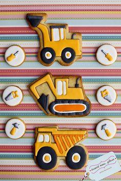 Construction Cookies by Dessert Menu Cookies For Kids, Fancy Cookies, Iced Cookies, Cute Cookies, Cookies Et Biscuits, Cupcake Cookies, Sugar Cookies, Cookies Decorados, Galletas Cookies