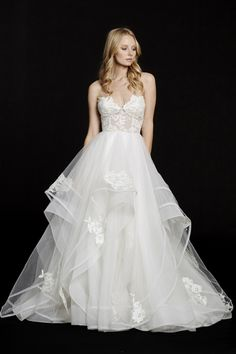 Chantelle (6552) gown from the 2015 Hayley Paige collection, as seen on Bride.Canada