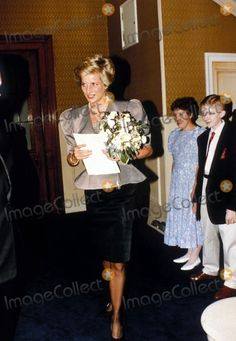 1990-04-29 Diana attends a Birthday Concert Performance of Verdi's Requiem at the Royal Albert Hall, in aid of the Malcolm Sargent Cancer Fund for Children