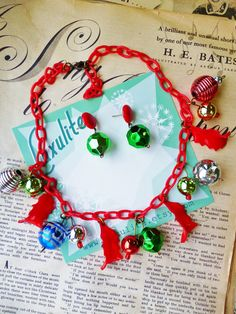 Winter Collection... Baubles! 1940s bakelite fakelite style novelty necklace and optional earrings by Luxulite