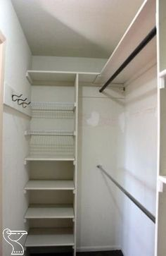In Closet Organization Diy Layout Decor 16 Ideas - Claire C. In Closet Organization Diy Layout Decor 16 Ideas - Claire C. Closet com gavetas e prateleiras New DIY Wardrobes Design 75 best walk in closet ideas and picture your master bedroom 9 Small Master Closet, Walk In Closet Small, Walk In Closet Design, Bedroom Closet Design, Master Bedroom Closet, Closet Designs, Tiny Closet, Diy Bedroom, Master Bedrooms