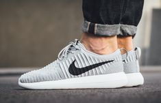 Nike Roshe Two Flyknit 'Wolf Grey' (via Kicks-daily.com)