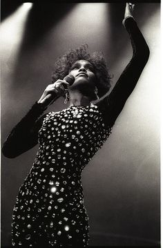 Whitney Houston the beauty and voice
