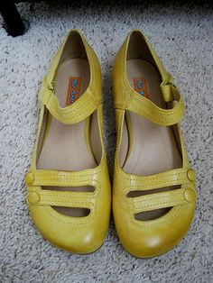 MIZ MOOZ ANTHROPOLOGIE SHOES DEVI YELLOW LEATHER BALLET FLATS