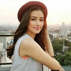 Liza Soberano is a talented artist and very popular among fans. Liza Soberano photo gallery with amazing pictures and wallpapers collection. Liza Soberano, Most Beautiful Faces, Beautiful People, Beautiful Women, Prity Girl, Woman Crush, Beautiful Actresses, Pretty Woman, Asian Beauty