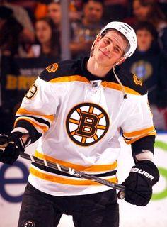 Boston Bruins- favorite photo of Tyler Seguin Boston Bruins Hockey, Hockey Mom, Field Hockey, Ice Hockey, Boston Bruins Funny, Kings Hockey, Funny Hockey, Chicago Blackhawks, Hot Hockey Players