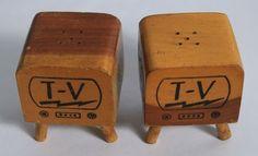RARE TV Collectibles 1950's Wooden Salt Pepper Shakers Vintage in Collectibles, Decorative Collectibles, Salt & Pepper Shakers | eBay