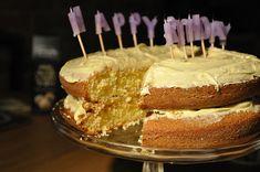 Delicious Cake Recipes, Yummy Cakes, Yummy Food, Mary Berry Orange Cake, Marry Berry Recipes, British Cake, English Food, English Recipes, Magic Custard Cake
