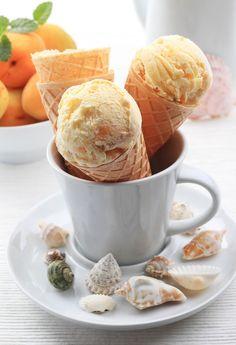 Marhuľová zmrzlina s mandľami