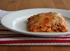 Spicy Cauliflower Lasagna: Red pepper flakes, cinnamon, and roasted cauliflower give this healthy version of lasagna amazing depth of flavor.  Calories: 324