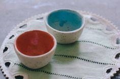 Image of Two small bowls with dots