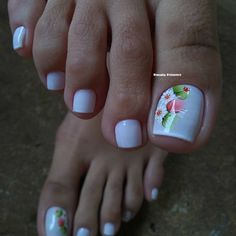 Se não for pra cuidar dos mínimos detalhes, nem faço rsrs 😍 Películas artesanais da 😱 . New Nail Art Design, Toe Nail Designs, Toe Nails, Nail Polish, Pedicures, Download, Diana, Beauty Makeup, Pretty Pedicures