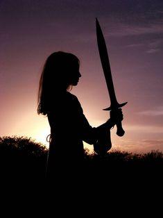 f Wizard Ranger multi-class Robes Sword Farmland hills night lg Book Aesthetic, Character Aesthetic, Aesthetic Pictures, Character Concept, Sword Photography, Girl Photography, Warrior Girl, Warrior Princess, Story Inspiration