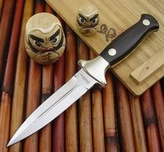 Kershaw Trooper – And other Hattori Daggers – The Hattori Collector Boot Knife, Dagger Knife, Horns, Art Reference, Knives, Shotguns, Minecraft, Weapons, Blade