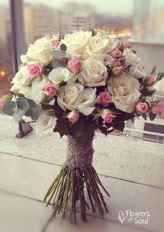 Bridal Bouquet Blue, Wedding Bouquets, Wedding Flowers, Flower Centerpieces, Wedding Centerpieces, Wedding Decorations, Pretty Flowers, Pink Flowers, Single Flower Bouquet