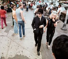 Debbie Harry and Clem Burke of the band Blondie in 1970 s New York  Blondies cdcaee3de3df1