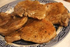 Deep South Dish: Skillet Pork Chops with Pan Gravy. 11.14.2014 - this is delicious. Husband loved it!!! KTW