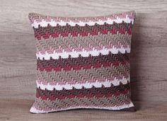 Check out this item in my Etsy shop https://www.etsy.com/listing/271599861/cute-crochet-coffee-red-pink-beige-white