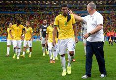 Mano Menezes: Sepakbola Brasil Alami Kemunduran - Mantan pelatih tim nasional Brasil Mano Menezes, menilai tim-tim Eropa telah melampaui kemampuan teknikal selecao, Jerman menjadi negara Eropa pertama yang sanggup menjadi raja sepakbola Eropa di Amerika Selatan usai membekap Argentina 1-0 melalui babak perpanjangan waktu di Rio de Janeiro.
