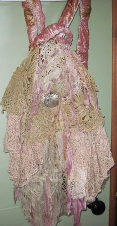 Magnolia Pearl Back Pack  / Hobo Bag made of Vintage Lace #MagnoliaPearl
