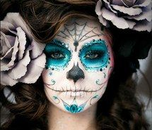 Inspiring image girl, glitter, halloween, makeup, pretty #1285900 by awesomeguy - Resolution 520x473px - Find the image to your taste