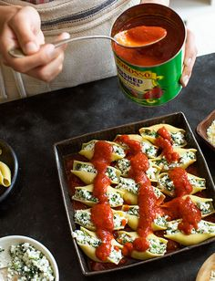 Stuffed Shells Florentine by Tuttorosso Tomatoes Florentines Recipe, Pasta Recipes, Cooking Recipes, Stuffed Pasta Shells, Food Platters, Gluten Free Cooking, Pasta Dishes, Italian Recipes, Yummy Yummy