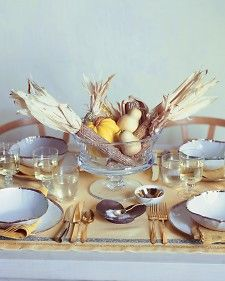 Thanksgiving table ideas ~ Long before the appetizer is served, your table will make a great first impression with these ideas for place cards, centerpieces, linens, and more.