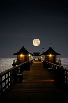 Naples Pier Naples, Florida- never seen it at night before, pretty! Beautiful Moon, Beautiful World, Beautiful Places, Beautiful Pictures, Amazing Photos, Simply Beautiful, Amazing Places, Naples Pier, Naples Florida