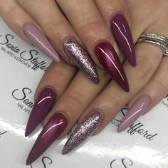 @the_gelbottle_inc I absolutely adore this brand  can't wait to do some work with these guys  instanails #nails4today #nailart #nailedit #nailtech #scratchmagazine @scratchmagazine @nailpromagazine @nailsmagazine @nails4today @swan_nails #nailprodigy #acrylicnails #sculptednails #nailstagram #nailsoftheday #nailsfortoday #nailmasters #nailgame #acrylics #nails #glitternails #showscratch #stilettonails #stilettos #almondnails #nsi #nailsmagazine #pbnails #gelpolish #cateye