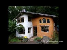 Cob house plans and natural building designs. Want to build your own cob house or natural building? Earthship, Cob Building, Building A House, Building Systems, Building Plans, Eco Casas, Adobe Haus, Eco Construction, Tyni House