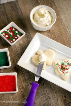 This easy sugar cookie recipe turns out perfectly soft and chewy every single time! I love rolled sugar cookies for my Christmas cut-outs and these ones hold their shape perfectly when baked. There is a secret ingredient that makes both the flavor and the texture the best sugar cookies you will ever make. This recipe … Chewy Sugar Cookie Recipe, Rolled Sugar Cookies, Cookie Recipes, Dessert Recipes, Desserts, Raw Cookie Dough, Western Food, Baking, Cut Outs