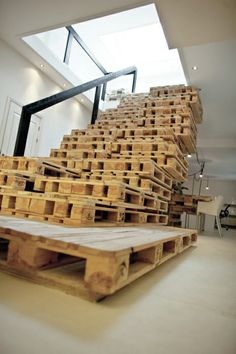Staircase made from shipping pallets. Sustainable and awesome.