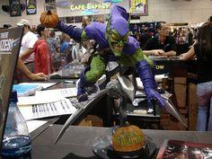 Comic-Con 2006 - Green Goblin statue