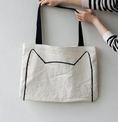 Big Cat Tote Bag - screen printed drawing, cat lover, eco friendly, summer beach bag, back to school on Etsy, $25.00. Soooo cute
