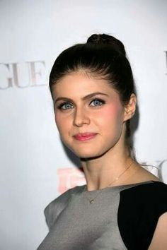 Celebrities - Alexandra Daddario Photos collection You can visit our site to see other photos. Alexandra Daddario, Beautiful Celebrities, Gorgeous Women, Beautiful People, Pretty Star, Famous Girls, Amanda Seyfried, In Hollywood, New York City