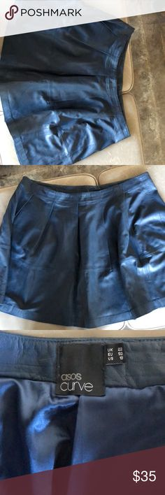ASOS Curve leather skirt ASOS Curve leather skater skirt. This is a re-posh. Skirt is too big for me. Was worn by original seller. In excellent condition. No tears, snags or stains. Fully lined. Please ask any clarifying questions before purchase. ASOS Curve Skirts Circle & Skater