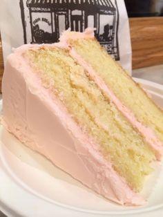 Vanilla Cake - Amy's Bread, Chelsea Market (NYC Girls Weekend Blog)