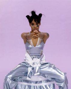 Lisa Lopes; Born: May 27, 1971 Died: April 25, 2002