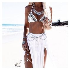 Jewelry Bohemian Gypsy Coin Leg Chain Silver Boho Body Jewelry Festival Ornament Bohemian Leg Jewelry - These gypsy coin leg chains are the cutest new body jewelry out this year! Wear it with bikinis, shorts or short skirts. Hippie Style, Mode Hippie, Gypsy Style, Boho Gypsy, Bohemian Style, Hippie Boho, Bohemian Fashion, Bohemian Jewelry, Beach Hippie