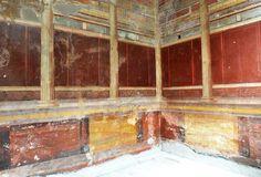 Stanza con decorazione II stile - prima del restauro