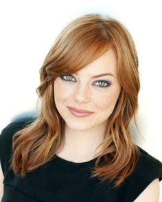 Débardeur noir – Emma Stone – Maquillage – Radieuse – Rousse – Yeux verts
