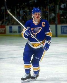 Brett Hull | St. Louis Blues | NHL | Hockey